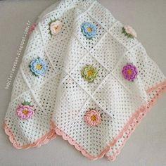 Hobilerim ve ben: Çiçekli bebek battaniyesi