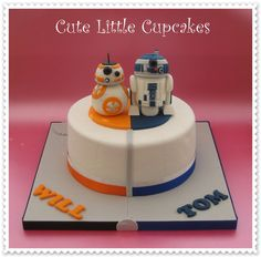 Joint birthday cake with BB8 and R2D2 x