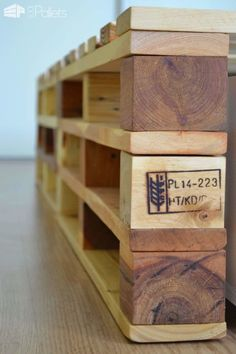 Simple Pallets Bed DIY Pallet Bed Headboard & Frame