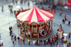 Carousel - A Beautiful Miniaturized World Captured By Tilt Shift Photography Tilt Shift Photography, Love Photography, Tilt Shift Photos, Tilt Shift Lens, Camera Movements, Shallow Depth Of Field, Surrealism Photography, Great Photos, Cool Designs