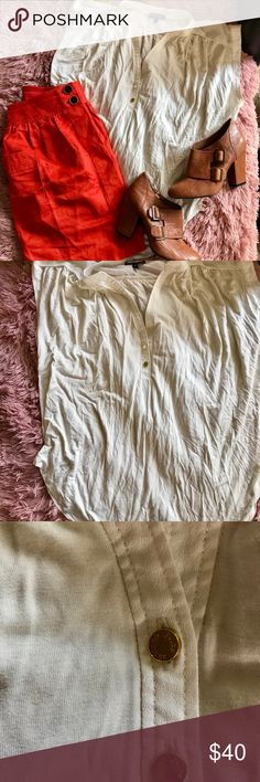 Juicy couture cream blouse Who doesn't need a white staple house in their wardrobe? This light and flows Juicy Couture blouse goes with anything and has never been worn before. All items in outfit are available for purchase. Offers always welcome❤️ Juicy Couture Tops Blouses