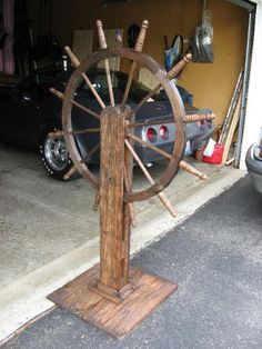 First project of 2008... my pirate ship wheel!