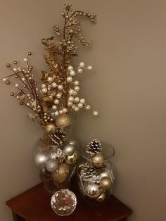 How to make easy DIY Christmas Decorations using fallen branches and ornaments. Perfect Christmas or winter wonderland decoration for living room, bedroom, or wedding centerpiece. Great Budget decor ideas for the home and small spaces. Rustic Christmas, Simple Christmas, Christmas Home, Christmas Holidays, Christmas Crafts, Christmas Wedding, Christmas Center Piece Ideas, Christmas Mantles, Christmas Villages