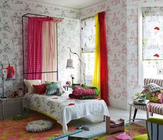 ROOMS FOR GIRLS Looking for girls' bedroom ideas? It's always great decorating a kids' bedroom and girls' bedroom design can be a lot of fun, especially when moving on […] Girls Bedroom Sets, Teenage Girl Bedrooms, Kids Bedroom, Master Bedroom, Summer Bedroom, White Bedroom, Spring Decoration, Spring Home Decor, Girls Bedroom Wallpaper