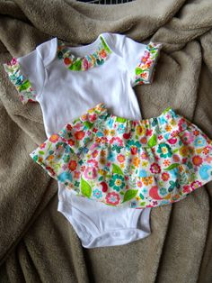 Ruffled Onesie and Skirt Baby Outfit size 3 months by dragonbees, $11.95