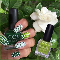 New to #nailart? We have simple #LOOKs that even beginners will nail! #mani #dots #notd #greennails #lookpassiton