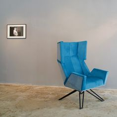 THE LOB version - listening to designed by Metal Furniture, Furniture Design, Wood And Metal, Solid Wood, Vienna Austria, Lob, Blue Velvet, Bowie, Architecture Design