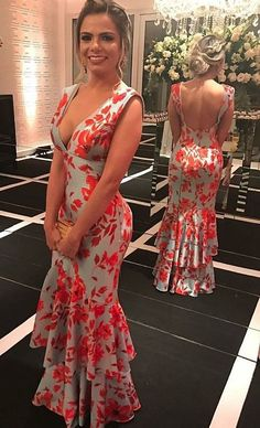 Lovely off grey and red dress -Long Prom Dresses Casual Wedding Gowns, Wedding Dress Men, Retro Outfits, Vintage Outfits, Casual Outfits, Evening Dresses, Prom Dresses, Summer Dresses, Beautiful Gowns