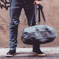 Leonid Titow ( @leonidtitow ) в Instagram: Дорожно-спортивная сумка из натуральной кожи . Ручная работа.   www.leonidtitow.com