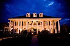 plantation house wedding <3