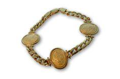 18 KARAT GOLD OVAL 'INTAGLIO' BRACELET. Bracelet Designs, Bracelets, Gold, Bracelet, Arm Bracelets, Bangle, Bangles, Anklets, Yellow