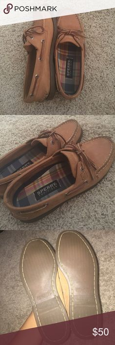 Sperry Topsiders Worn a handful of times, so they are in perfect condition! Super comfy, but I just don't wear them enough. Feel free to make a reasonable offer :) Sperry Shoes Flats & Loafers