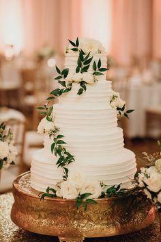 Carly + and + Brians + San + Antonio + Wedding - Tort weselny - . - Carly + and + Brians + San + Antonio + Wedding – Tort weselny – - Country Wedding Cakes, Elegant Wedding Cakes, Wedding Cake Designs, Wedding Cake Toppers, Country Weddings, Wedding Cake Simple, Publix Wedding Cake, Black And White Wedding Cake, Elegant Cakes
