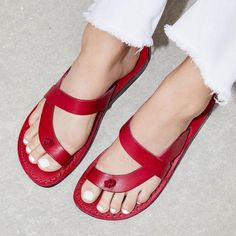 Women PU Slippers Casual Flip Flops Shoes - Gucci Shoes - Latest and fashionable gucci shoes - Women PU Slippers Casual Flip Flops Shoes Sneakers Mode, Sneakers Fashion, Fashion Shoes, Shoes Sneakers, Fashion Fall, Platform Sneakers, Fashion Trends, Frauen In High Heels, Flip Flop Shoes