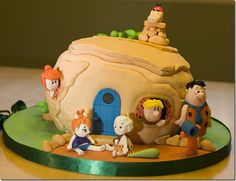 Flintstones Cake    wish I'd seen this earlier.  Too late for father's day this year.  Maybe next.