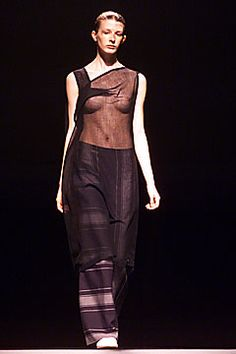 Bernhard Willhelm Fall 2001 Ready-to-Wear Fashion Show Fashion Show, Fashion Design, Modern Luxury, Parachute Pants, Ready To Wear, Fall, How To Wear, Beauty, Collection