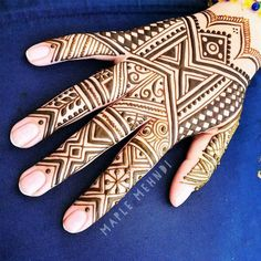 Hanging out at the studio today until I'll be here for walk-ins again tomorrow from . Friday, find me in front of… Mehendi Arts, Mehndi, Henna Tutorial, Oak Bluffs, Henna Style, Annex, Happy Summer, Hanging Out, Studio