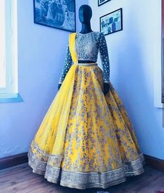 Love the fullness of the lengha, don't like the blouse Party Wear Lehenga, Bridal Lehenga Choli, Indian Lehenga, Indian Gowns Dresses, Pakistani Bridal Dresses, Punjabi Wedding, Half Saree Designs, Lehenga Designs, Indian Wedding Outfits