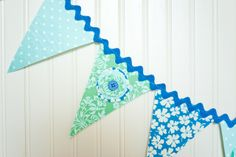 Oooh!  Interesting twist on the bunting!