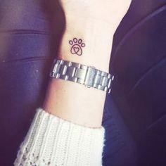50 ideias de tatuagem para amantes de cachorros - Photo 37 : Veja mais no - taofeminino