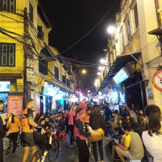 Walking street with bia hoi (same day beer) places. Hanoi old city. #travel #travelbloggers #hanoi #vietnam