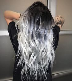 ❄️ ICY HAIR ❄️ for this snowy day - Saç rengi fikirleri - Haarfarben Hair Dye Colors, Ombre Hair Color, Cool Hair Color, Silver Ombre Hair, Black And Silver Hair, Hair Color Ideas, Ombre Bob, Black To Grey Ombre Hair, Dyed Hair Ombre