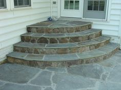 Stone stairs garden porch steps 29 ideas for 2019 Porch Steps, Stone Wall Design, Stone Stairs, Landscape Stairs, Concrete Front Steps, Patio Design, Patio Stairs, Flagstone Steps, Brick Steps