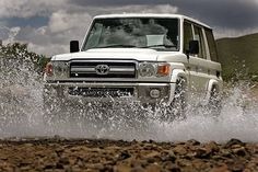 Toyota Land Cruiser 76 Station Wagon 2013
