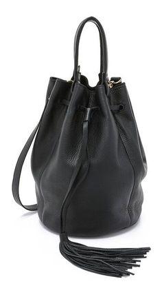 Bucket Bag.