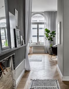 my scandinavian home: The former Swedish apartment of Jasmina Bylund Small Space Living, Small Spaces, Living Spaces, Cozy Apartment, Dream Apartment, Style At Home, Scandinavian Style Home, Swedish Home Decor, Swedish Interiors