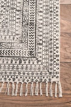Chembra Flatweave Cotton Sparkling Moroccan Tribal Trellis Ivory Rug - Rugs USA – Area Rugs in many styles including Contemporary, Braided, Outdoor and Flokati Shag rug - Industrial Rugs, Morrocan Decor, Morrocan Interior, Interior Rugs, Trendy Home Decor, Tribal Home Decor, Trellis Rug, 3d Christmas, Rugs Usa