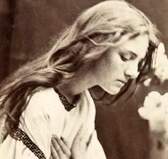 Science Museum lines up major Julia Margaret Cameron show for autumn After the Manner of Perugino © National Media Museum, Bradford Victorian Photography, Old Photography, History Of Photography, Julia Margaret Cameron Photography, Julia Cameron, Vintage Photographs, Vintage Photos, Modern Photographers, Henri Cartier Bresson