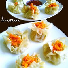 Resep Cara Membuat Pempek Sutra Lembut Asli Enak - Haniya Kitchen Siomai, Indonesian Cuisine, Food Stands, Woodworking Projects Diy, Dumpling, Dim Sum, Chinese Food, Cooking Time, Yummy Food