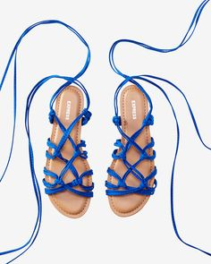 knot lace-up sandal