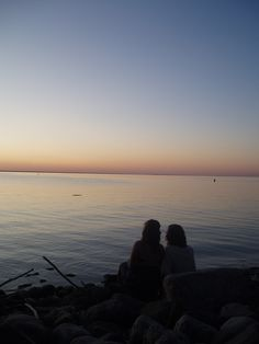 sunset...in Seattle, Portland, San Diego...yes please