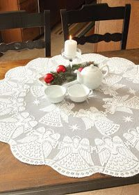 Heritage Lace Glorious Angel Round Table Topper White - Christmas or Holiday Crochet Doily Patterns, Crochet Squares, Crochet Doilies, Christmas Table Linen, White Christmas, Filet Crochet, Irish Crochet, Lace Table, Table Toppers