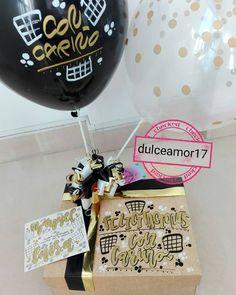 Hermosos detalles 💜 @dulceamor17 Hermosos y deliciosos desayunos, meriendas y anche...   Yooying Ideas Aniversario, Girl Birthday, Happy Birthday, Surprise Box, Letter Balloons, Happy Love, Gift Baskets, Diy And Crafts, Birthdays