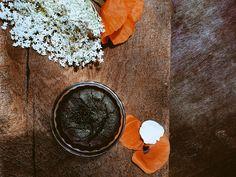 #ChefGiumi proposes #dark #chocolate #soufflè with #homemade #elderflower #syrup!! ❣ #Enjoy this #dessert at #fattoriasanmartino #restaurant in #Montepulciano  #vegan #tasty #foodie
