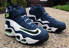 2ffbf42a6e 354912 102 Nike Air Griffey Max 1 White Black Midnight Navy Stealth Ken Griffey  Jr Shoes