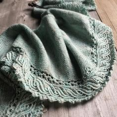 Sunday Blues and happy days. Lichen & Lace - this is the Ho'okipa Shawl by Paulina Popiolek that we knit up in 1 skein of @lichenandlace in Beach Glass. We knit so many samples in this scrummy yarn as, once we started, we couldn't stop.