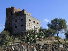 Galtelli, Castello Guzzetti