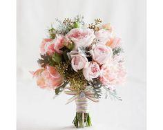Μοντέρνα-σύνθεση-από-ροζ-λουλούδια-παιώνιες.jpg (750×600)
