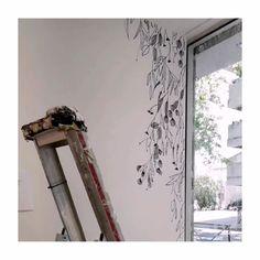 @monocotyledone.laboutique a publié du contenu sur son profil Instagram: «5 août. Dessiner sur les murs. Chaque année, je réalise deux a trois projets de tattoos murales. Un…» Lifestyle, Etsy, Instagram, Draw, Walls, Profile, Projects