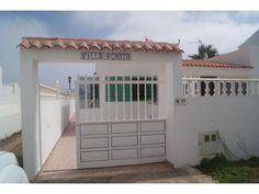 Villa Renata - 3 Bed Villa for rent in corralejo Fuerteventura sleeps up to 6 from £750 / €850 a week