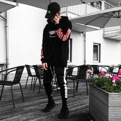 Instagram: @blvboy