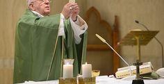 """Papa Francesco ai suoi fedeli: la vostra fede non deve essere """"cosmetica"""""""
