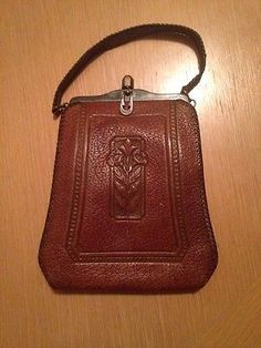 Antique-Art-Nouveau-Morning-Glory-Tooled-Leather-Jemco-Turnloc-Purse
