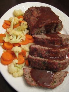 """Montreal Meatloaf, Low Carb - Using beef and pork,  """"I've wanted to try McCormick's """"Grillmates"""" Montreal Steak Seasoning in a meatloaf for some time now and I finally got around to doing that today.  I shouldn't have waited so long!  It was delicious!""""  3.08 g  NET CARBS"""