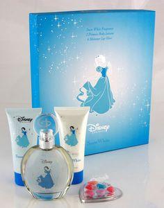 ef8eb3e1353c Snow White Gift Set by Disney