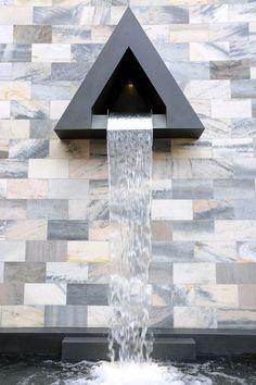 Monumento a Sandro Pertini, Milano (1990) | Aldo Rossi